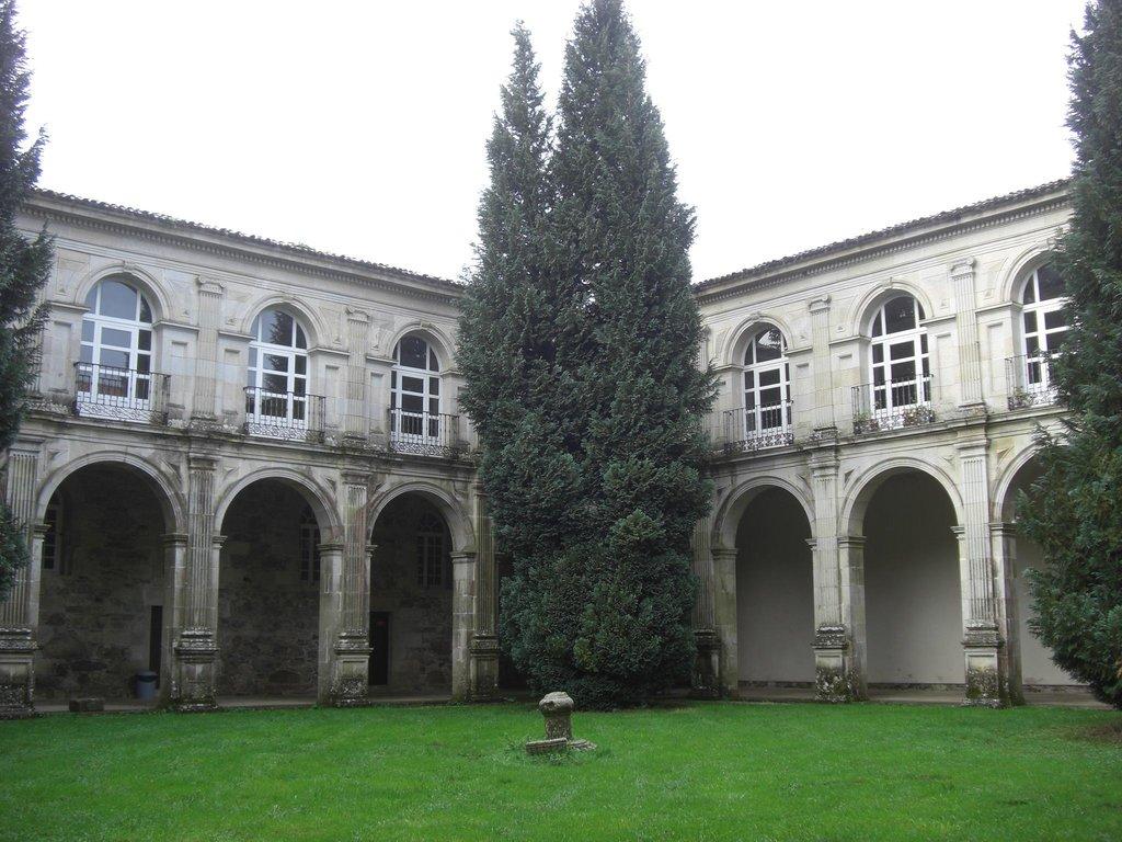 Monasterio Cisterciense de Santa Maria de Sobrado - Hospederia